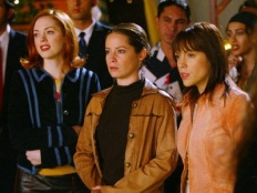 Charmed 05x06 : The Eyes Have It- Seriesaddict